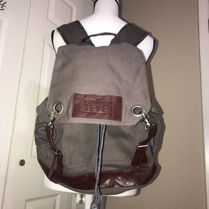 Leeds field & co magnificent 7 Backpack